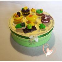 Boîte à biscuits ou chocolats, jaune et verte- au coeur des arts