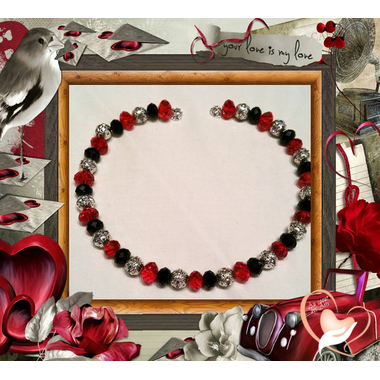 collier perles de cristal fermoir aimenté memoirede forme logo