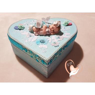 54-au-coeur-des-arts-boite de naissance fille et son ours