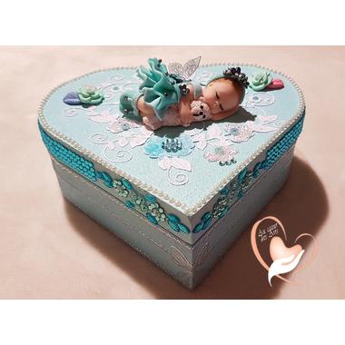 60B-au-coeur-des-arts-boite de naissance fille