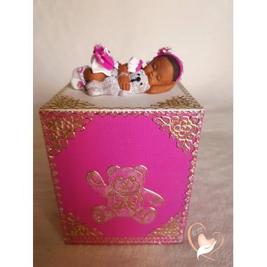 46B-au coeur des arts-tirelire bebe fille