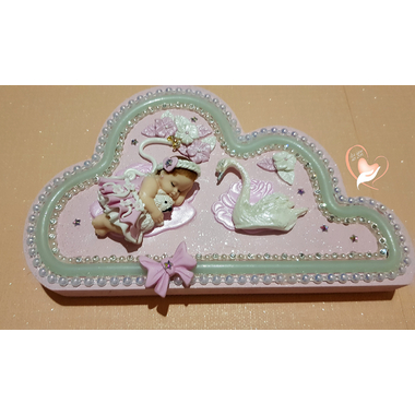 VN8-au-coeur-des-arts-veilleuse nuage bebe fille