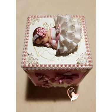 T73B-au coeur des arts-tirelire bebe fille