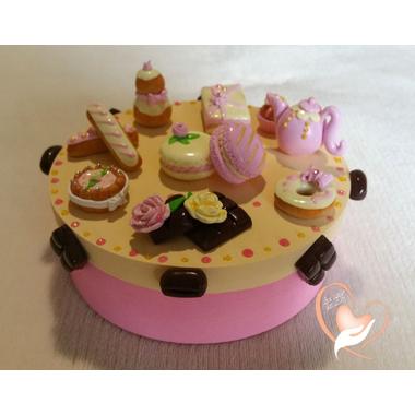 Boîte à gâteaux rose et vanille- au coeur des arts