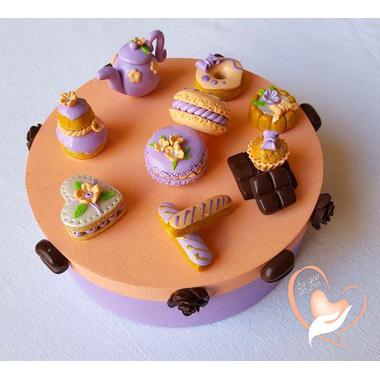23b-Boîte à gâteaux saumon et parme macarons- au coeur des arts