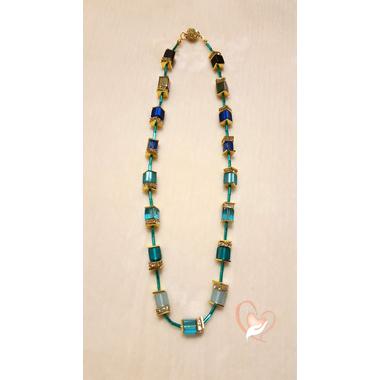 28-Collier perles polaris bleues chaine palqué or- au coeur des arts
