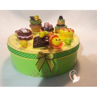 32-Boîte à biscuits ou chocolats - au coeur des arts
