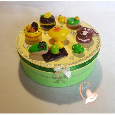 39-Boîte à biscuits ou chocolats - au coeur des arts