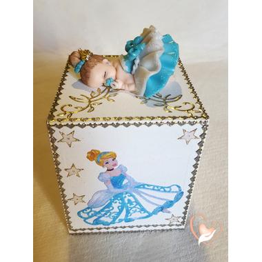 31-Tirelire bébé fille bleu cendrillon - au coeur des arts
