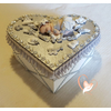 Boîte de naissance bébé fille grise et blanche