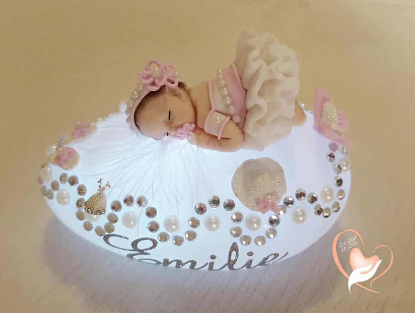 veilleuse galet lumineux b b fille rose cadeaux de naissance au coeur des arts. Black Bedroom Furniture Sets. Home Design Ideas