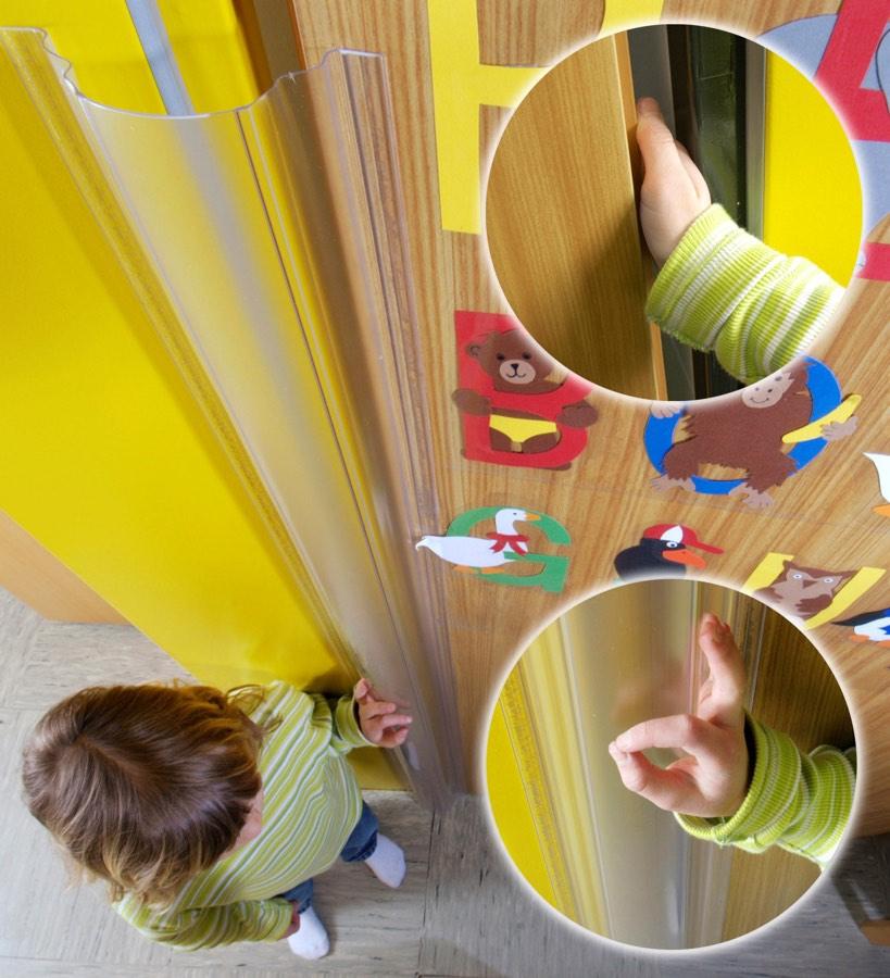 protection anti doigt dans les portes finger alert 110. Black Bedroom Furniture Sets. Home Design Ideas