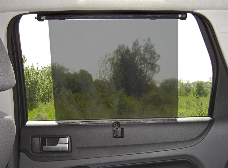 Pare-soleil rideau à enrouleur pour lunette arrière ou vitre ...