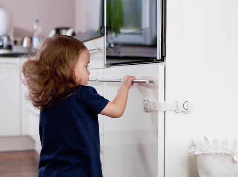 fermeture multi usages pour s curit enfant verrouillage adh sif. Black Bedroom Furniture Sets. Home Design Ideas