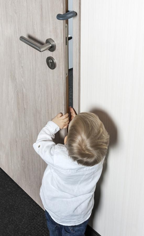 bloque porte anthracite porte protection des doigts bloque porte garalabosse. Black Bedroom Furniture Sets. Home Design Ideas