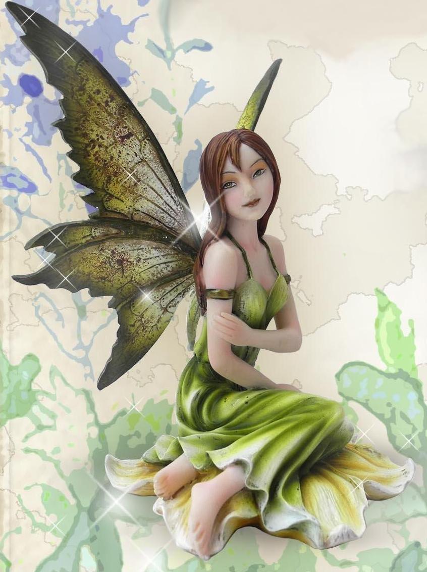 Figurine Fée Dolvaël (H16 x L9cm)