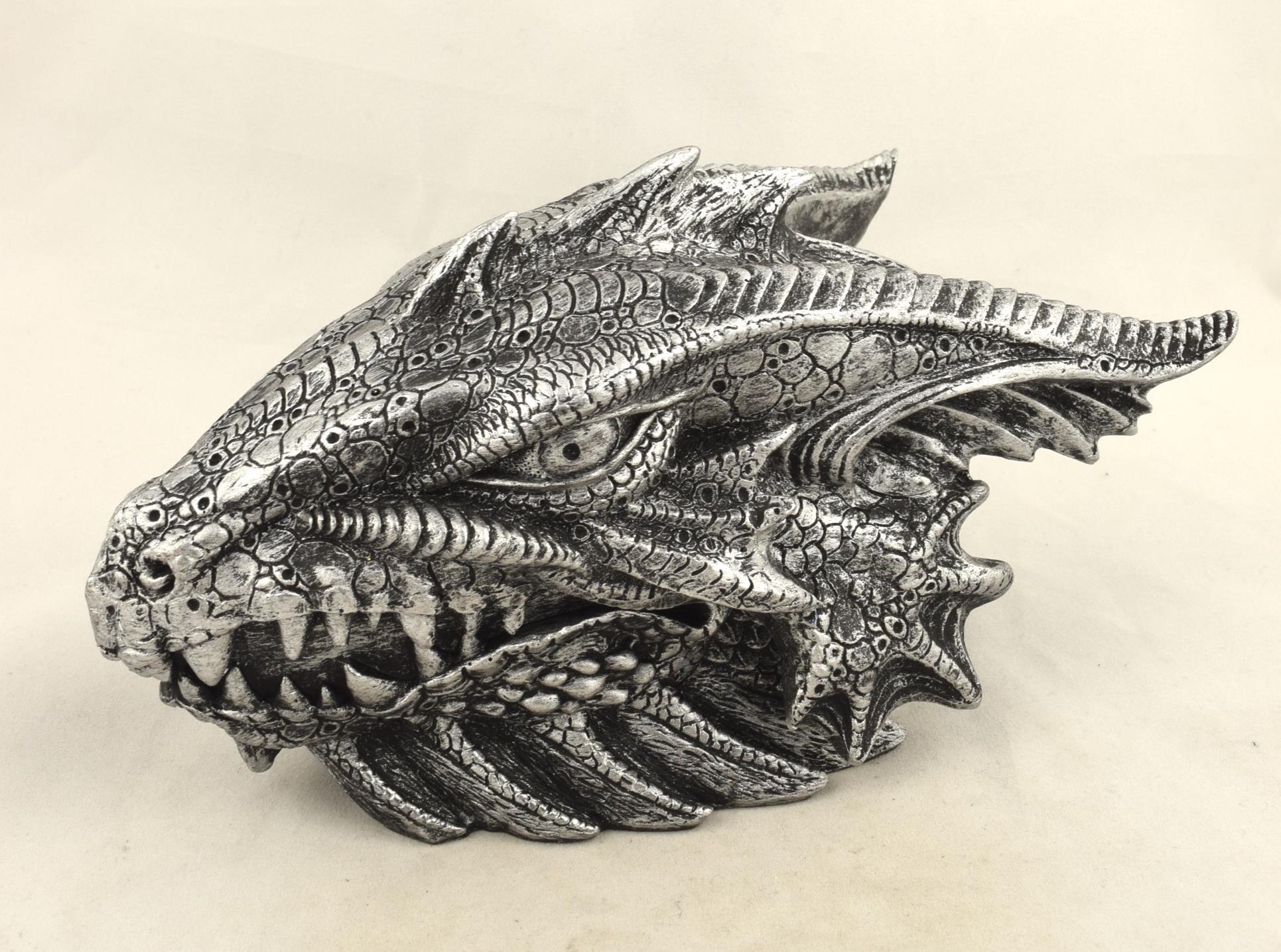 Boîte Tête de Dragon (L20 x H10cm)