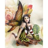 Figurine Fée Wanora (H16 x L9cm)