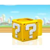 NINTENDO - Mug 3D en Forme de Question Block - 395ml