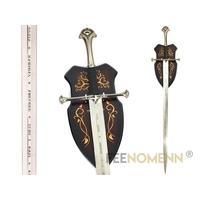 LE SEIGNEUR DES ANNEAUX - Réplique Épée ANDURIL (lame gravée + plaque murale)