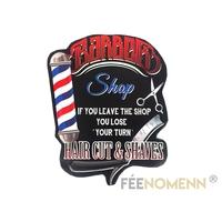Plaque Métal Déco Vintage - EFFET RELIEF - Enseigne Barbier Coiffeur - Barber Shop (38x30cm)