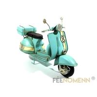 Scooter Métal Deco Vintage - Ancien Vespa Bleu Ciel Numero 8 (27x10,5cm)