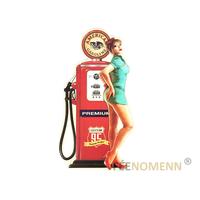 Déco Murale Vintage en Métal - Pin up Pompe à Essence - American Gasoline (58x31cm)