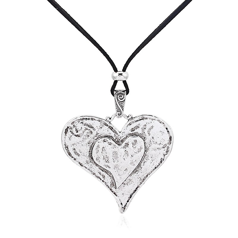 Collier sautoir grand coeur