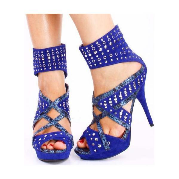Sandales bleues à talon, déco strass