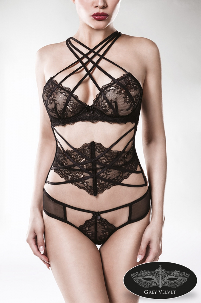 Ensemble lingerie dentelle 3 pièces par Grey Velvet