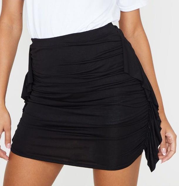 Mini-jupe froncée à côté volanté - Noir