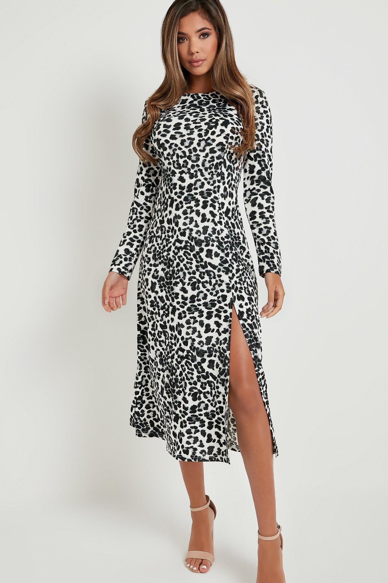 Robe mi-longue léopard à manches longues