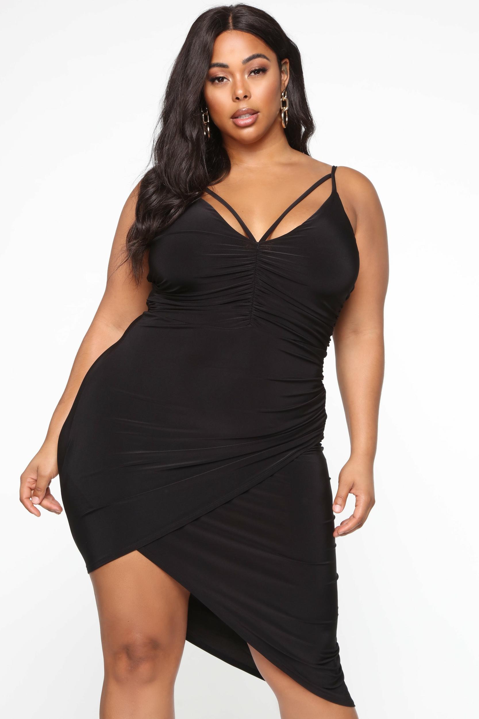 Robe grandes tailles asymétrique noire
