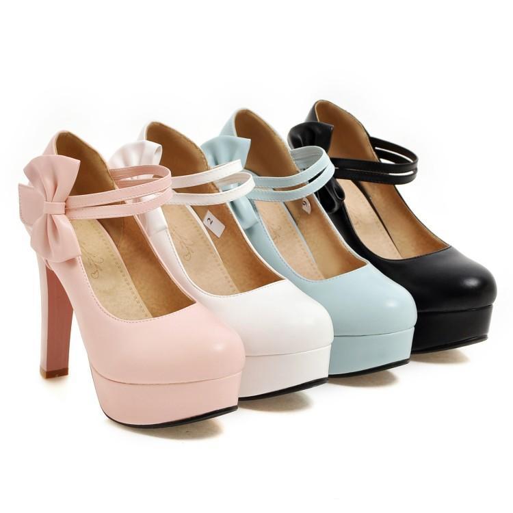 Chaussures à talon haut et noeud