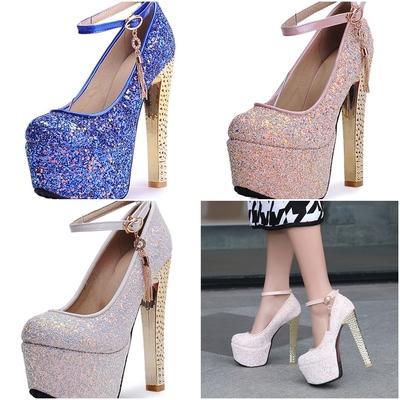 Chaussures pailletées à talon