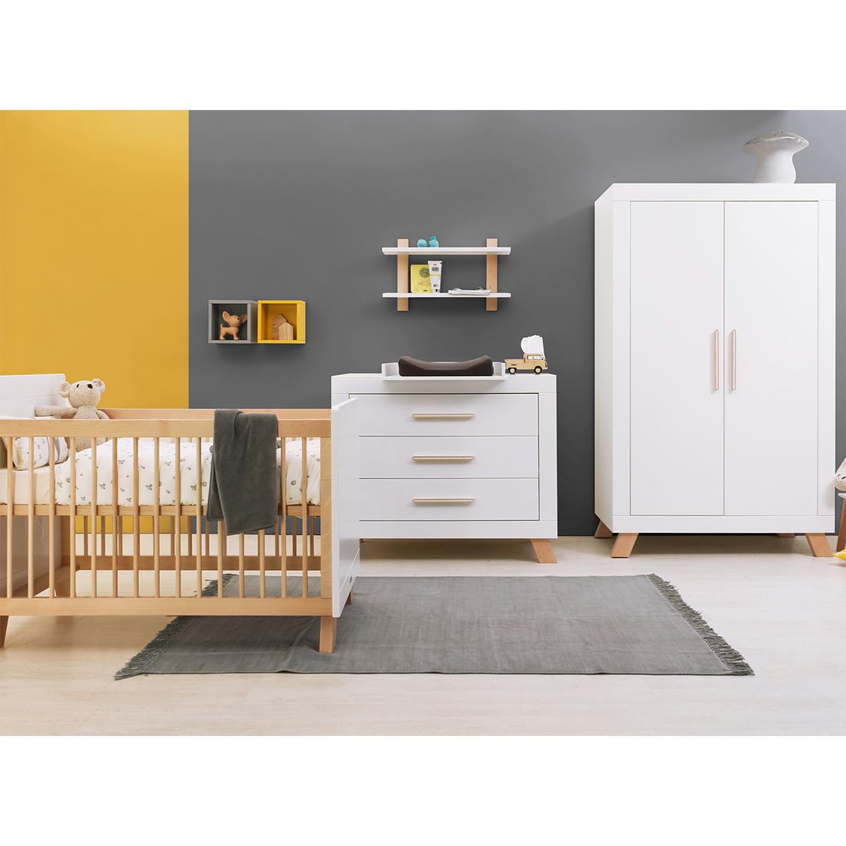 Chambre complète lit bébé 60x120 - commode à langer - armoire 2 portes Bopita Lisa - Blanc et Naturel