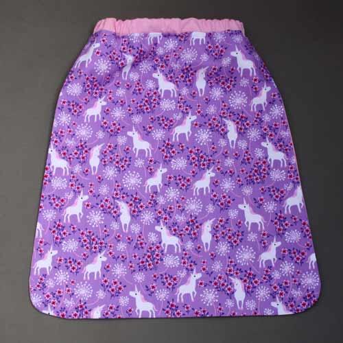 2388-serviette-de-table-elastiquee-licornes-dans-les-fleurs-lilooka