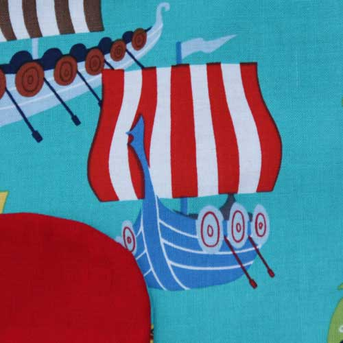 4020-serviette-de-table-enfants-cou-elastique-drakkars-et-sa-pochette-assortie-lilooka