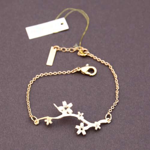 1573-bracelet-hanami-plaque-or-shlomit-ofir