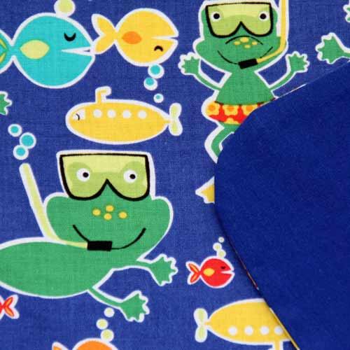 3103-serviette-de-table-enfant-grenouilles-a-la-mer-lilooka