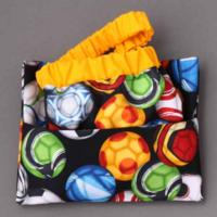 Serviette de table enfants cou élastiqué Foot et sa pochette assortie - Lilooka