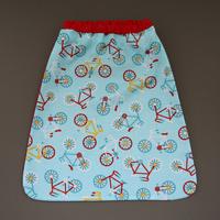 Serviette de table enfant cou élastiqué Vélos Lilooka