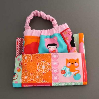 Serviette de table enfants cou élastiqué Chats japonais et sa pochette assortie - Lilooka