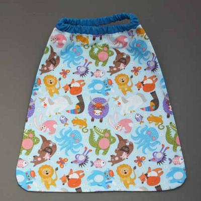 3928-serviette-de-table-enfants-cou-elastique-animaux-et-sa-pochette-assortie-lilooka
