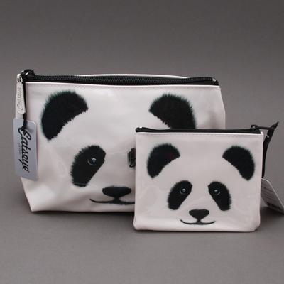 Trousse de toilette et porte-monnaie Panda assortis