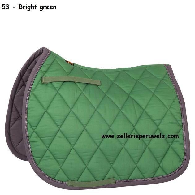 tapis vert et gris awesome tapis effet laineux motif triangle vertcrugris kolmio xcm with tapis. Black Bedroom Furniture Sets. Home Design Ideas