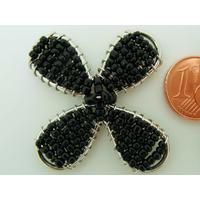 Décoration Fleur en rocaille noire et fil métal 42mm par 1 pc