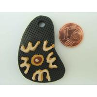 Pendentif en terre cuite Symbole Ethnique 44mm par 1 pc