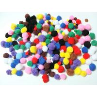 Pompons 12 à 26mm environ MIX couleurs par 250 pièces