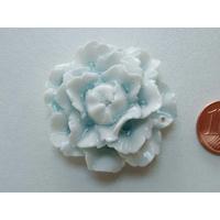 Pendentif Porcelaine Fleurs bleu clair 39mm